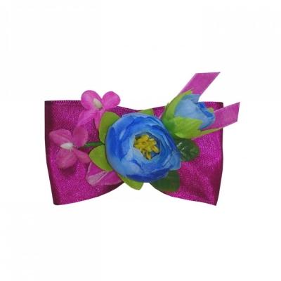 Брошь с голубым цветком и лентами